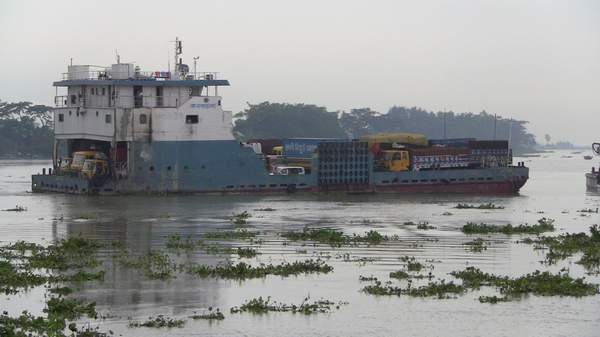 আবারো সংকটে লক্ষ্মীপুর-ভোলা নৌ রুট