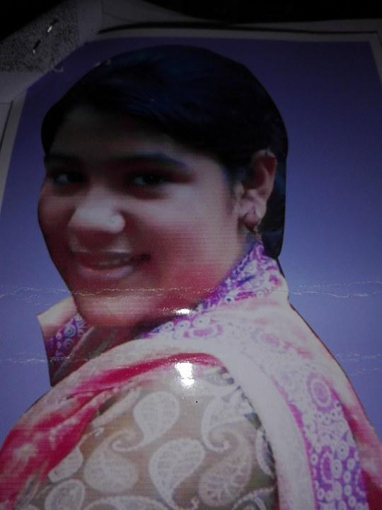 লক্ষ্মীপুরের স্কুলছাত্রী রোদেলা কোথায় আছে জানে না পরিবার