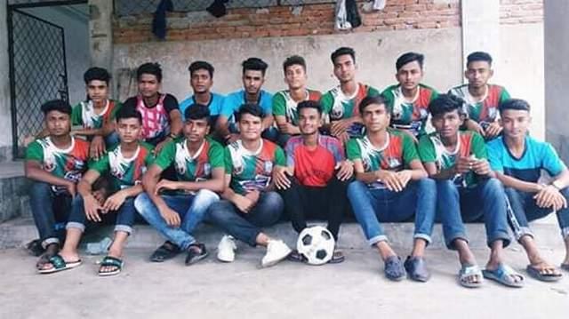 আন্ত:স্কুল ফুটবলে টানা ৮ বার কমলনগর উপজেলা চ্যাম্পিয়ন তোরাবগঞ্জ হাই স্কুল