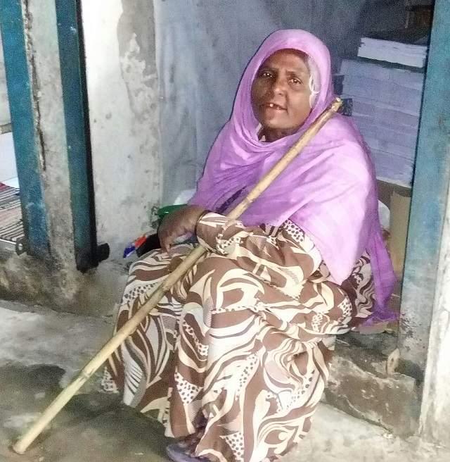 রায়পুরে বয়স ৯৭ বছরেও হাজেরার ভাগ্যে বয়ষ্ক ভাতা জুটেনি