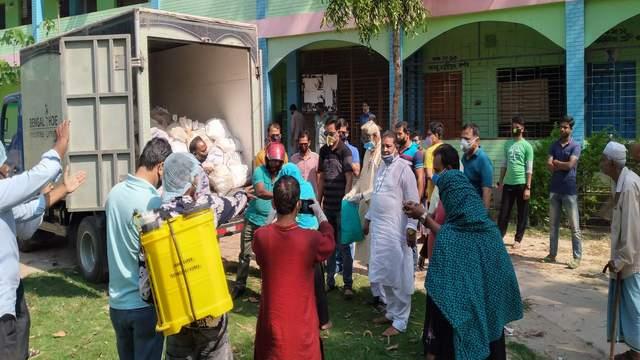 রায়পুরে সাড়ে তিন হাজার পরিবারে বেঙ্গল স্যুর খাদ্য সহায়তা