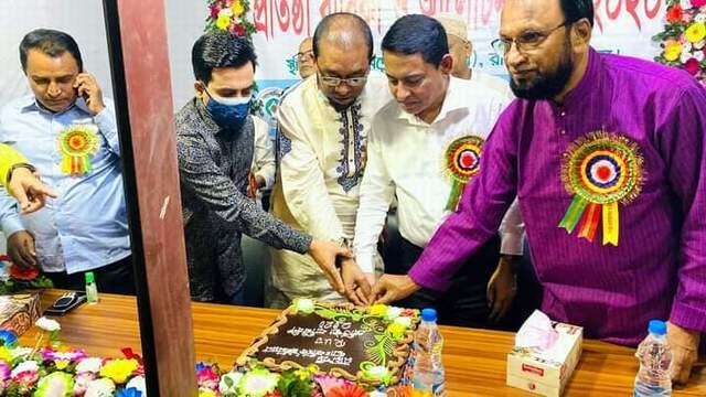 রায়পুর সাংবাদিক ইউনিয়নের বর্ষপূর্তি উদযাপন ও নতুন কার্যালয়ের উদ্বোধন