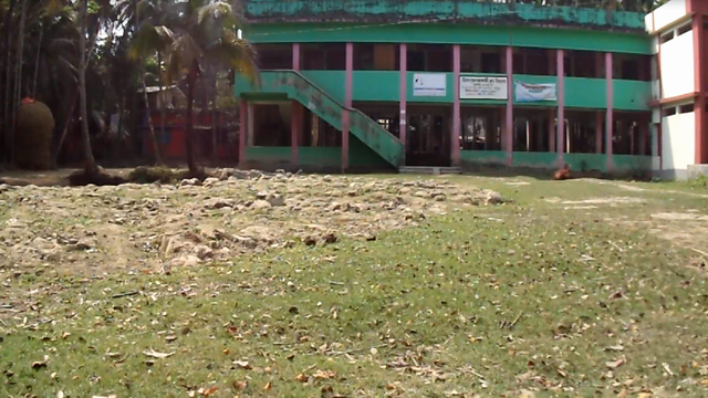 বিদ্যালয়ের মাঠ ভরাট ঘিরে চেয়ারম্যান-মেম্বারকে নিয়ে অপঃপ্রচারের অভিযোগ